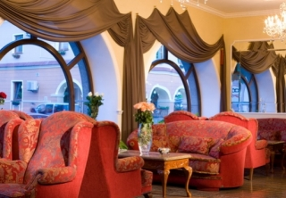 http://hotellooking.com/?lang=ru&page=hotel&id=amadeus_club