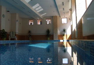 http://hotellooking.com/?lang=bg&page=hotel&id=aquilon_residence_spa