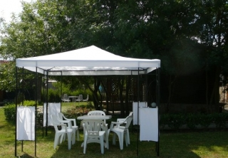 http://hotellooking.com/?page=hotel&id=camping_zora