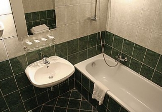 http://hotellooking.com/?lang=bg&page=hotel&id=casa_sol_hotel____