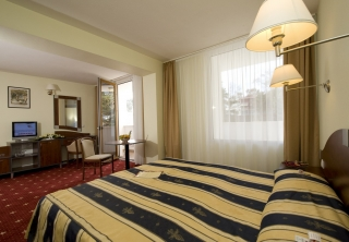http://hotellooking.com/?lang=hu&page=hotel&id=conference___wellness_hotel_residence____