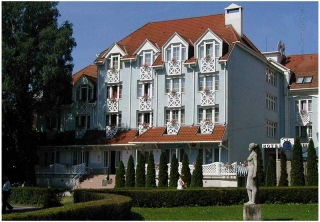 http://hotellooking.com/?lang=bg&page=hotel&id=erzsebet_hotel_heviz________rudolf_spa_hotels_