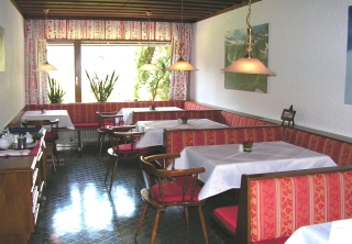 http://hotellooking.com/?page=hotel&id=haus_patricia