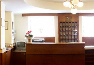 http://hotellooking.com/?lang=de&page=hotel&id=hotel_central_es_etterem_nyiregyhaza