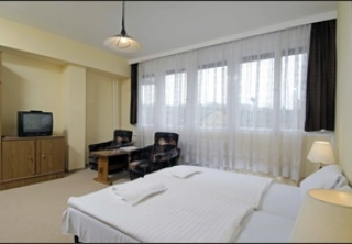 http://hotellooking.com/?lang=de&page=hotel&id=hotel_charles