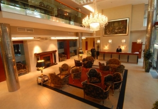 http://hotellooking.com/?page=hotel&id=hotel_divinus_____