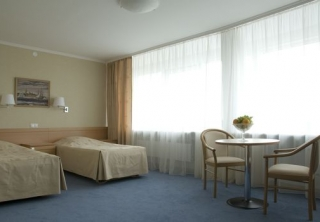 http://hotellooking.com/?lang=bg&page=hotel&id=hotel_moscow