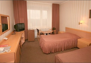 http://hotellooking.com/?page=hotel&id=hotel_moscow