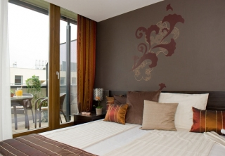 http://hotellooking.com/?lang=ru&page=hotel&id=hotel_regnum_residence____