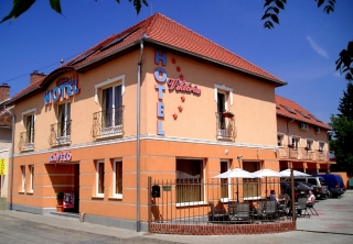 http://hotellooking.com/?lang=de&page=hotel&id=hotel_viktoria_____
