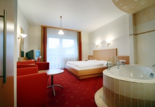 http://hotellooking.com/?page=hotel&id=hotel_zur_post