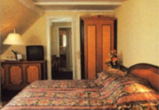 http://hotellooking.com/?lang=bg&page=hotel&id=offi_h