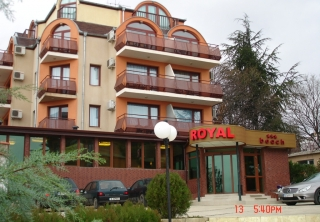 http://hotellooking.com/?page=hotel&id=royal_beach