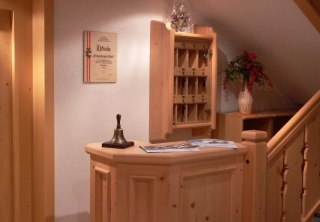 http://hotellooking.com/?lang=de&page=hotel&id=sportpension____intermontana