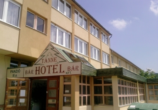 http://hotellooking.com/?lang=en&page=hotel&id=tanne_hotel